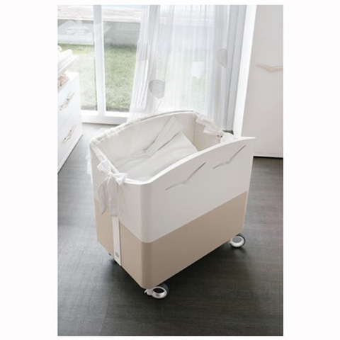 babybett kinderbett aus holz gabbiani doimo cityline. Black Bedroom Furniture Sets. Home Design Ideas