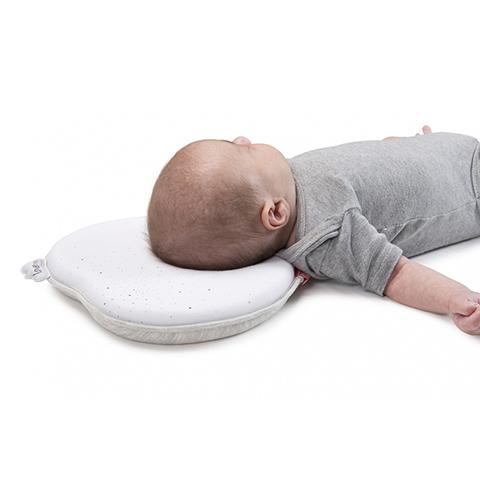 Sanitaria - Cuscino anatomico ergonomico primi mesi Lovenest White 50215 by BabyMoov