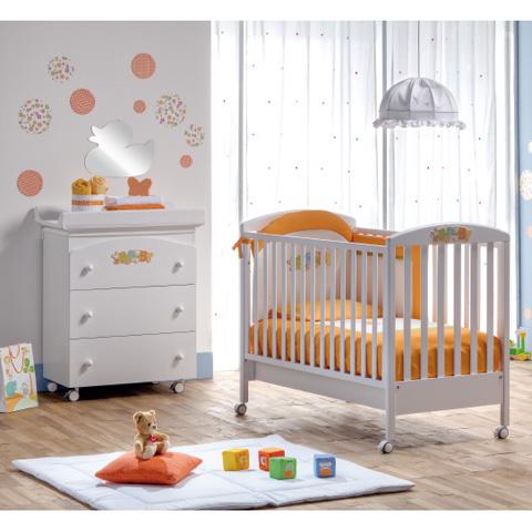 Offerte in corso - Lettino Baby + Bagnetto Baby + piumone ricamato  Bianco by Erbesi