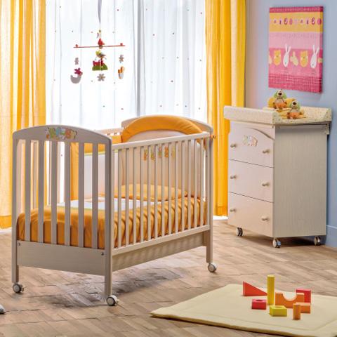 Offerte in corso - Lettino Baby + Bagnetto Baby + piumone ricamato  Sbiancato by Erbesi